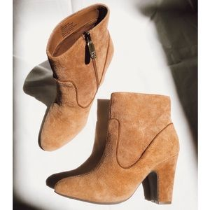 Anne Klein Bay Rose Suede Leather Ankle Booties 7
